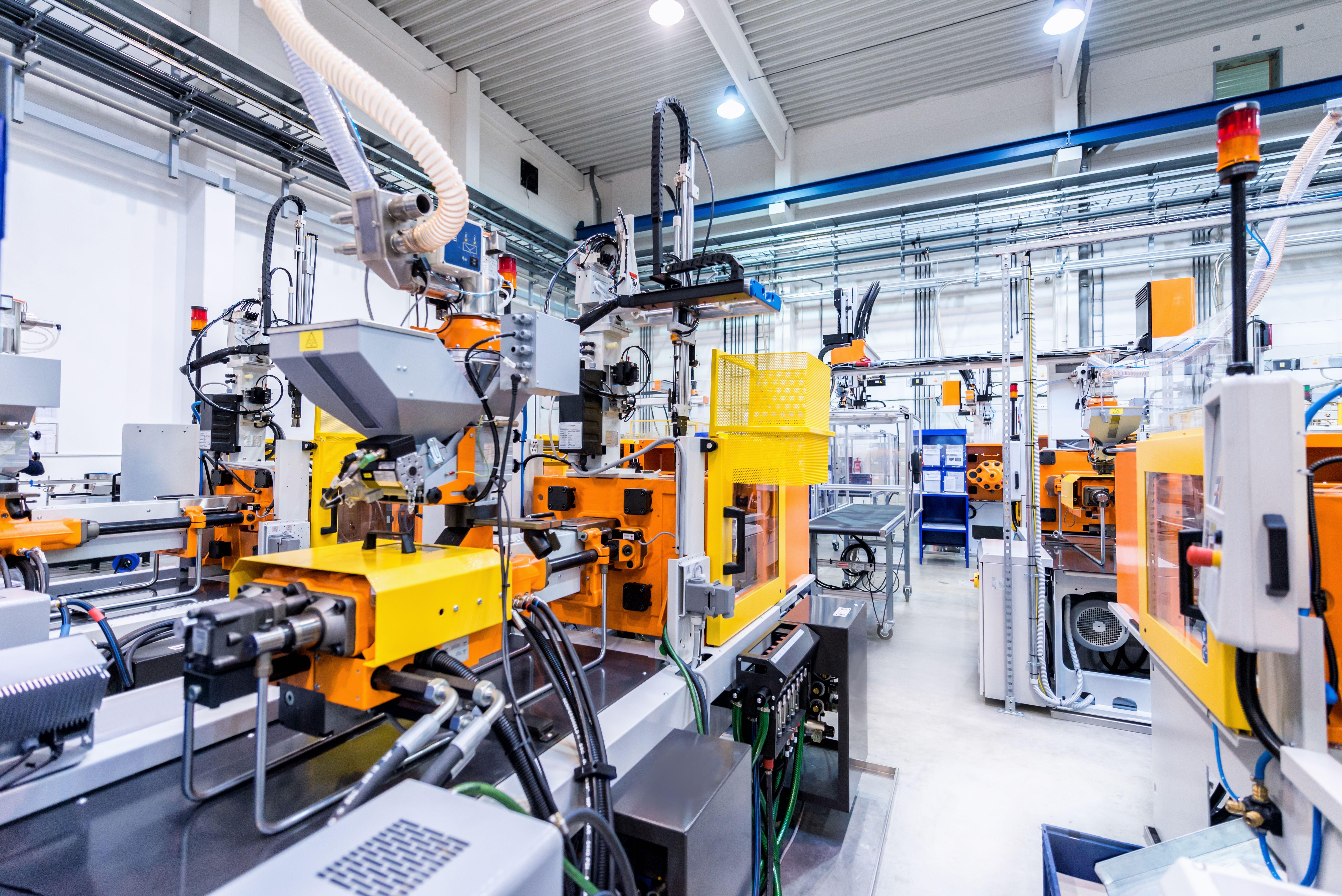 Reparación y mantenimiento de instalaciones eléctricas industriales: Servicios de Carmelo Silvera y Asociados, S.L.