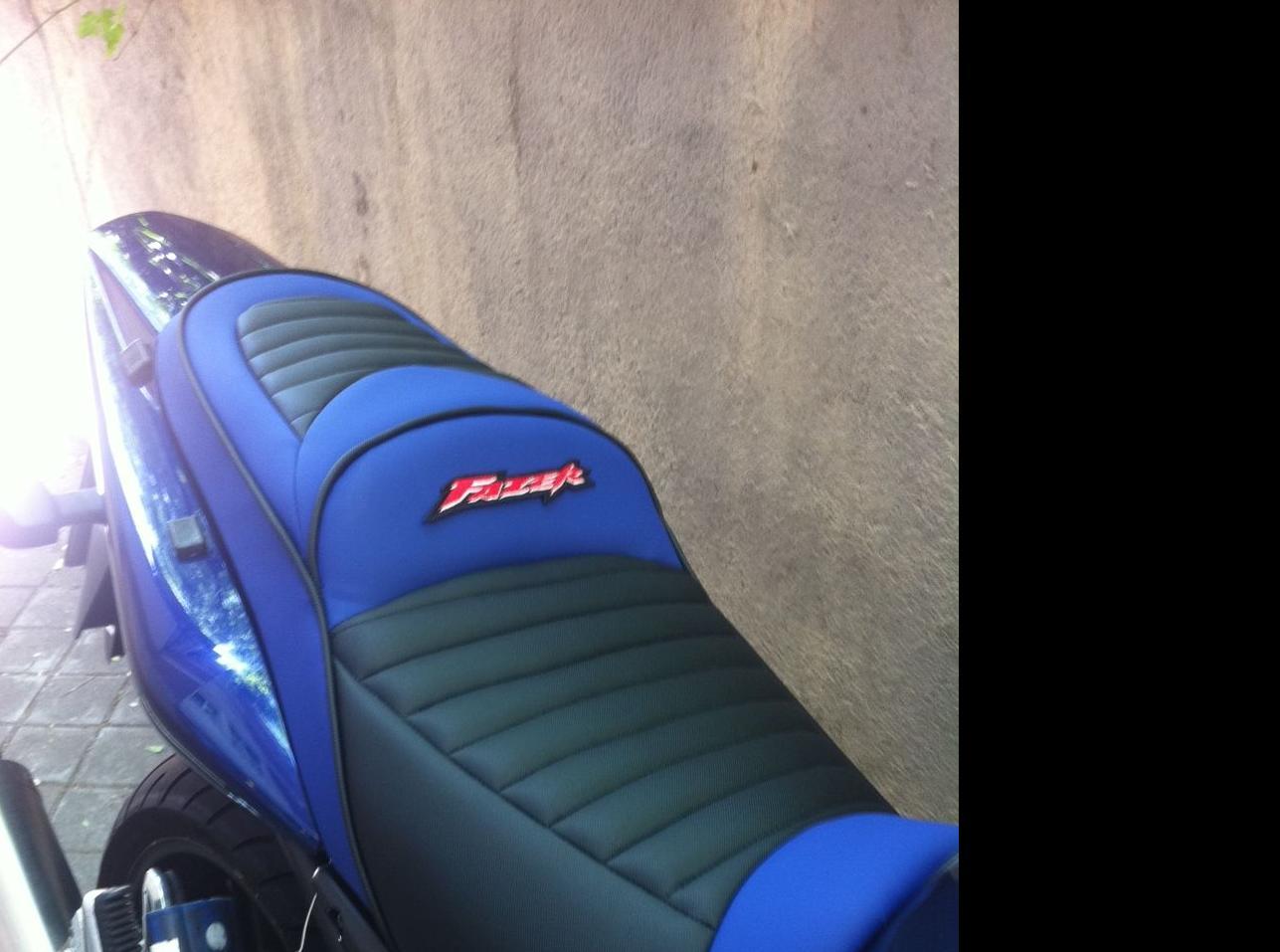 Silla de moto tapizada