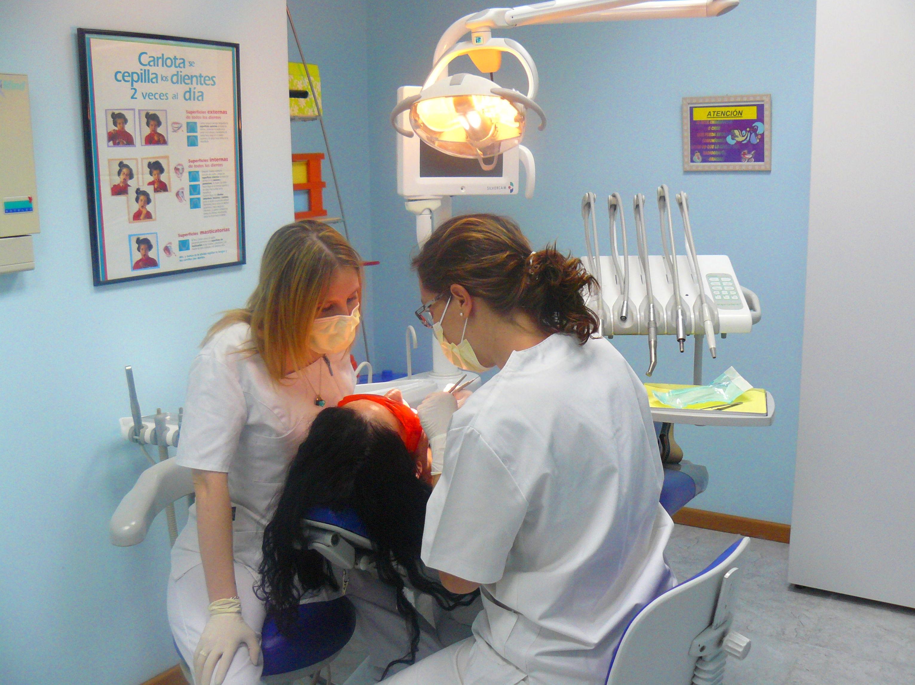 Tratamientos dentales para toda la familia