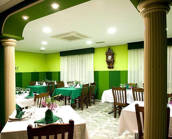 Foto 9 de Restaurantes espectáculo en Zaragoza | Restaurante Casafran