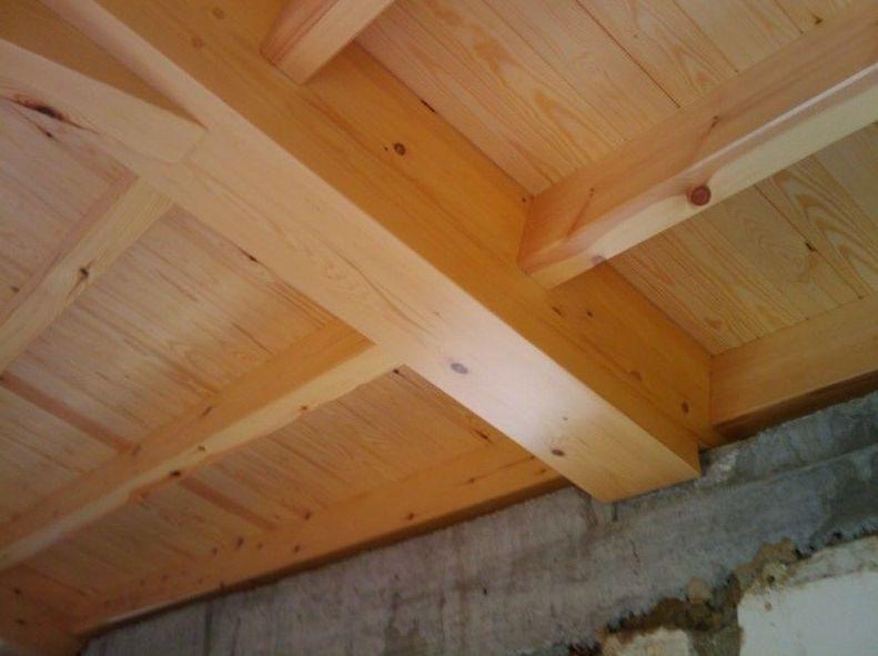 Instalación de techos de madera