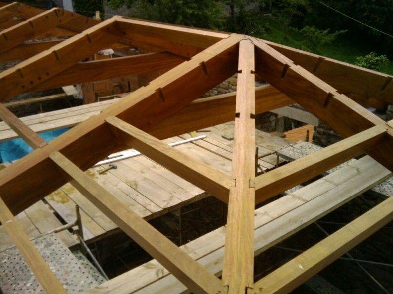 Techo de madera para buhardilla