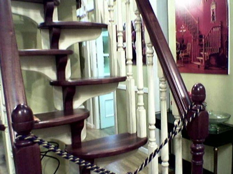Escalera de diseño de madera