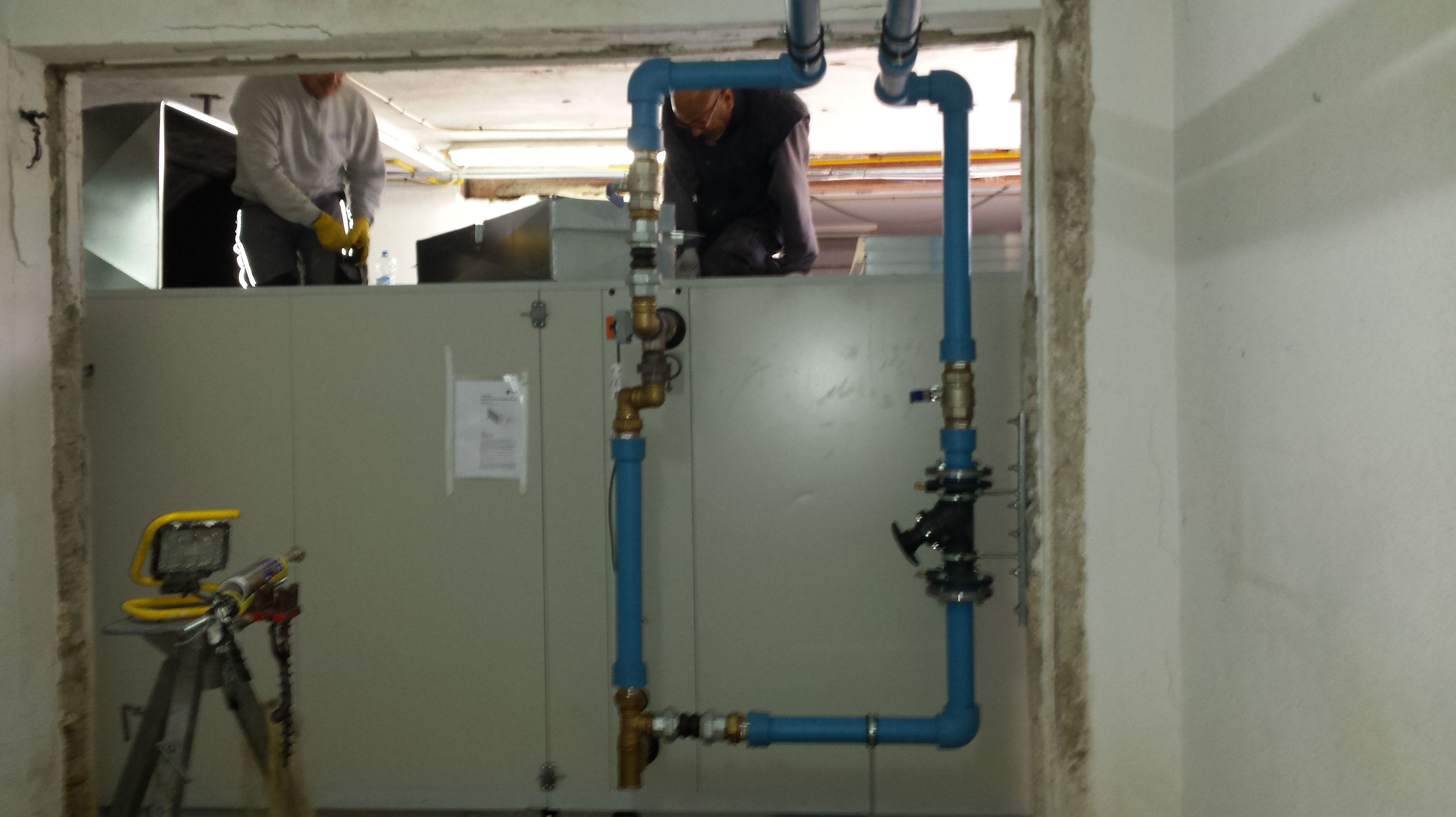 Conexión hidráulica  climatizador