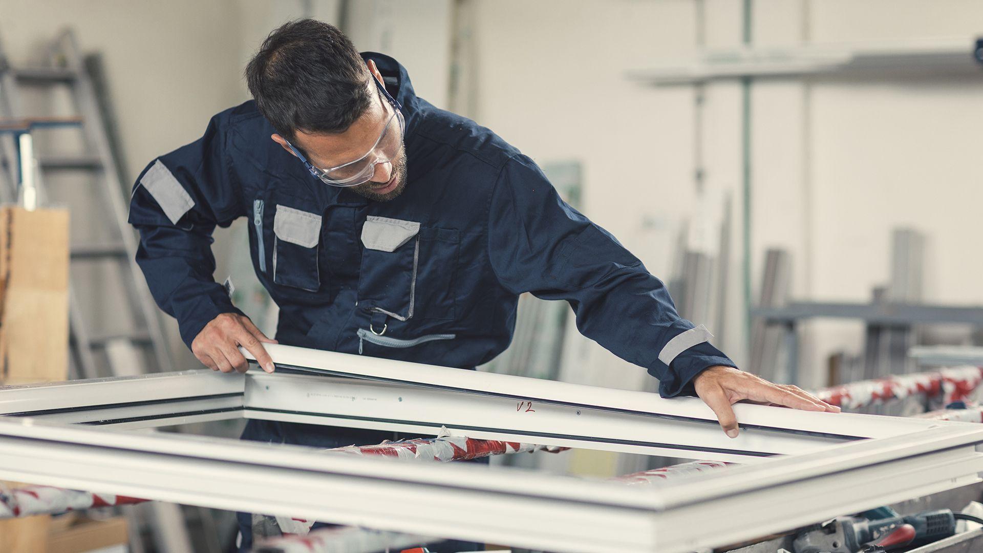 Reparaciones en general: Servicios de Carpintería de Aluminio y Cristalería Joisa