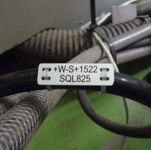 Etiquetado de cables y tubos