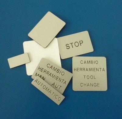 Etiquetas para señalización de pulsantería: Rotulación y señalización de Marcajes Tellería