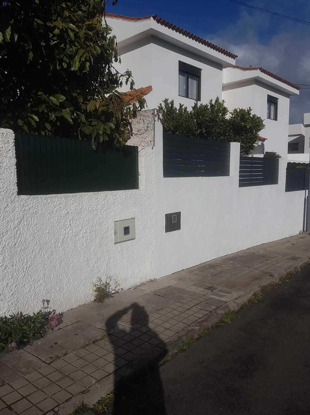 Foto 4 de Carpintería de aluminio, metálica y PVC en Las Palmas de Gran Canaria | Aluminios Benilan