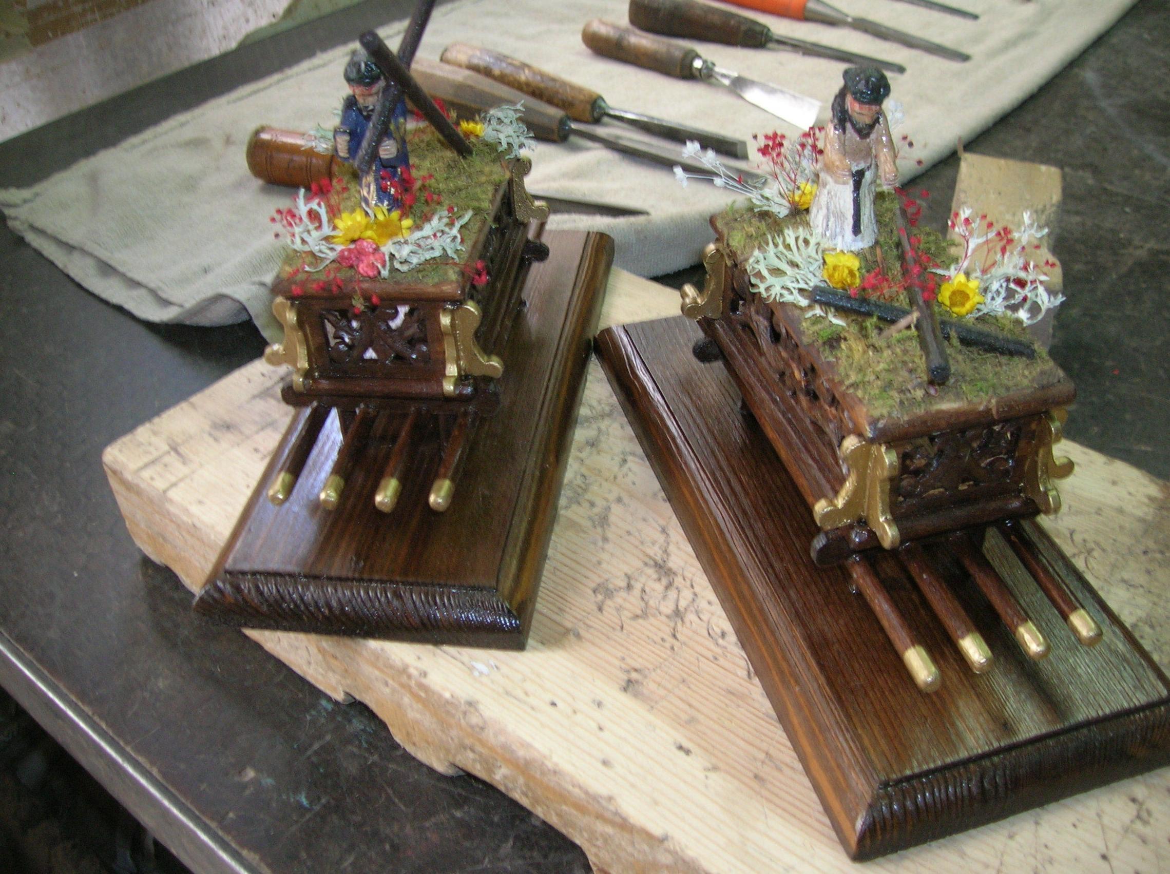 tronos del nazareno en miniatura se hacen por encargo