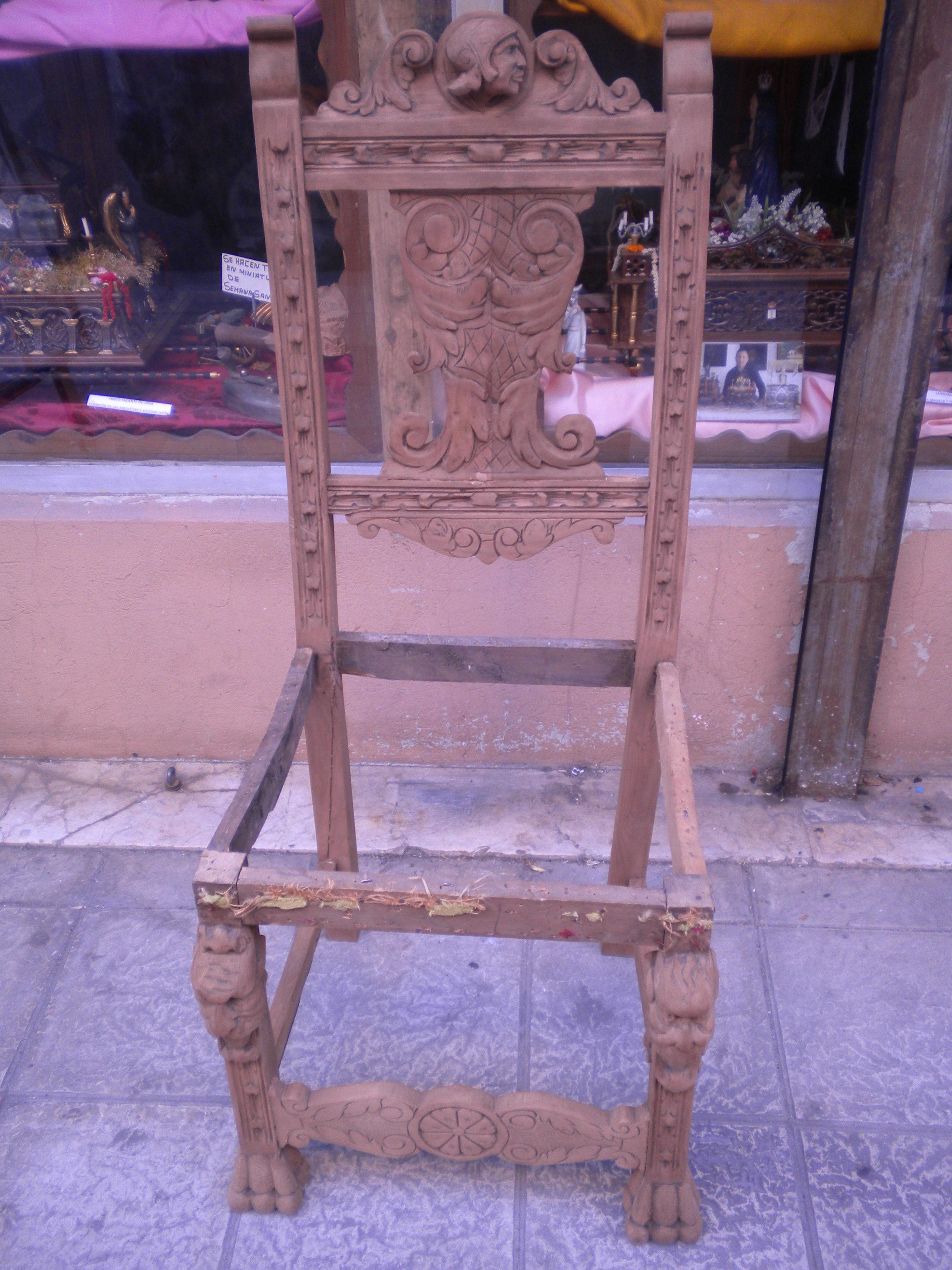 restauracion silla tallada