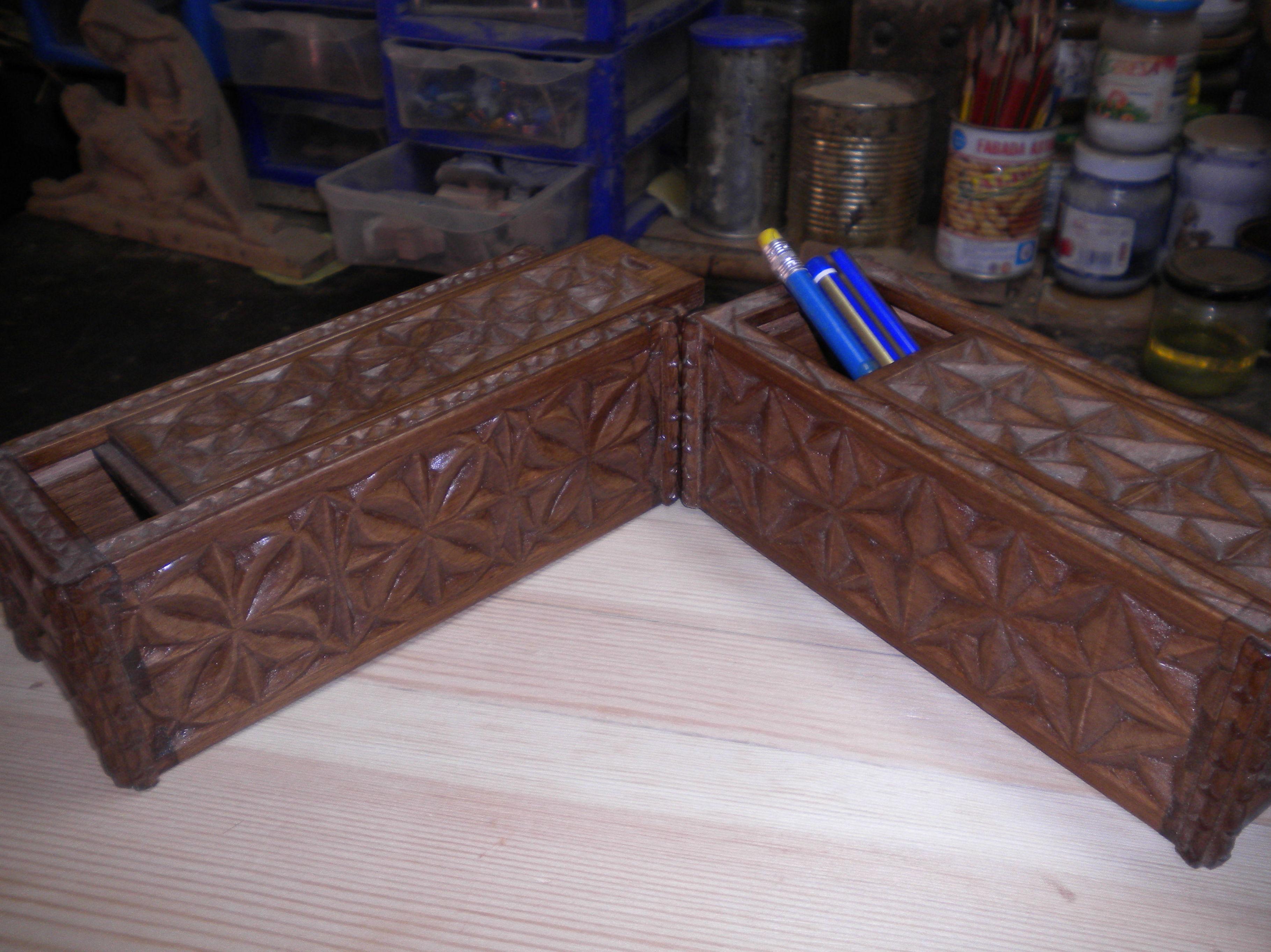 estuches tallados en el taller los hacemos por encargo