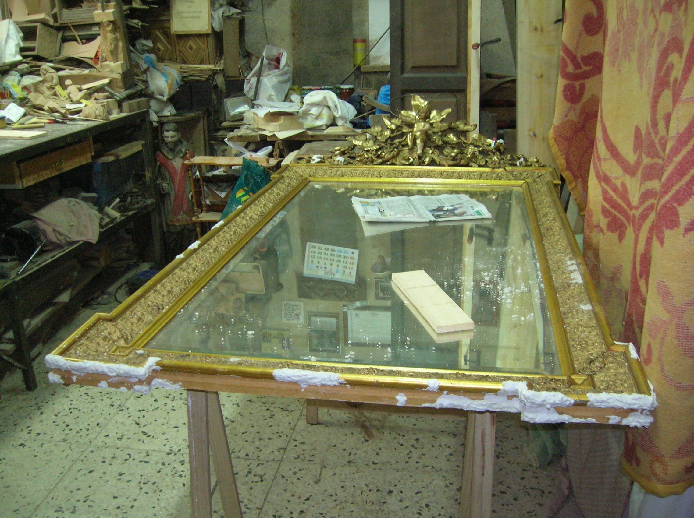 restauracion marco dorado