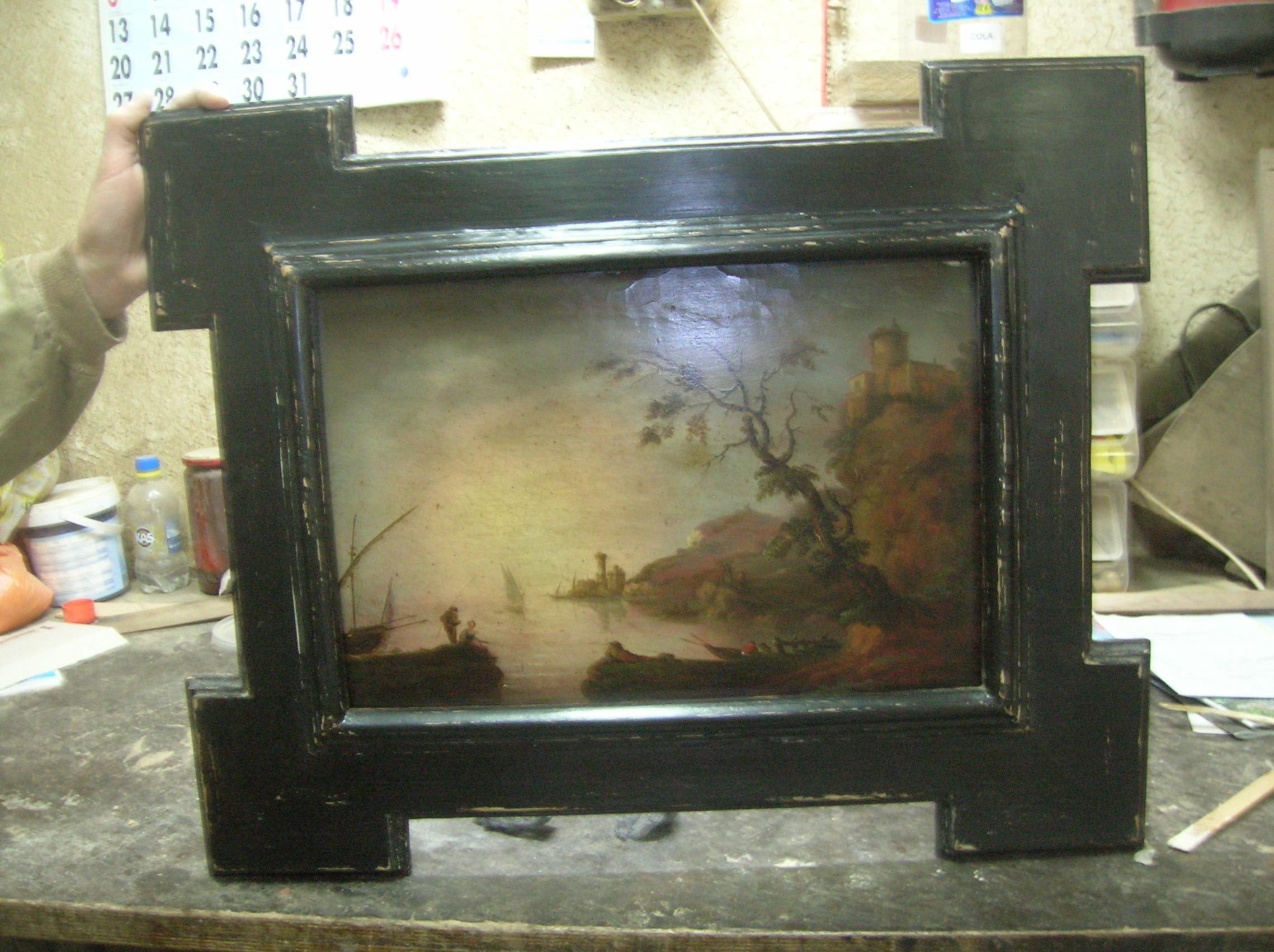 tabla pintada marco negro