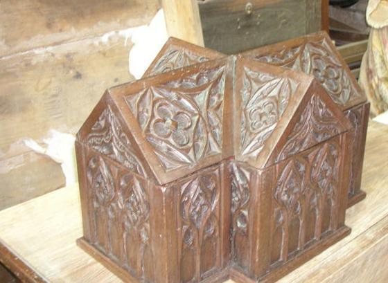 Restauración de muebles antiguos y obras de arte