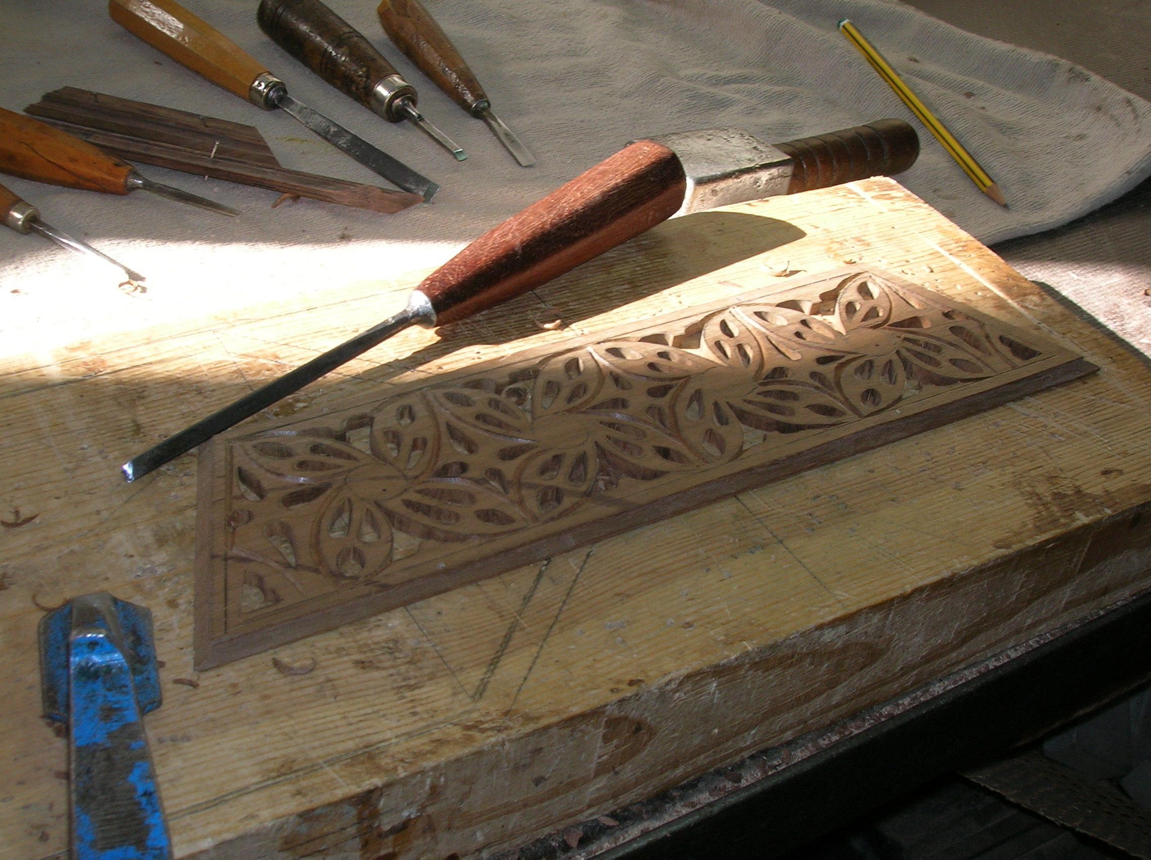 gubia y madera una buena composicion