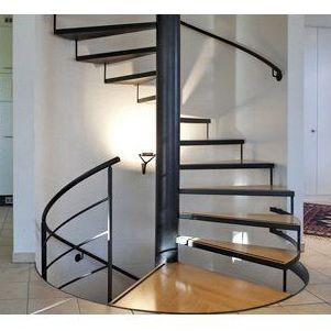Escaleras de diseño: Servicios de Cuatro Paredes
