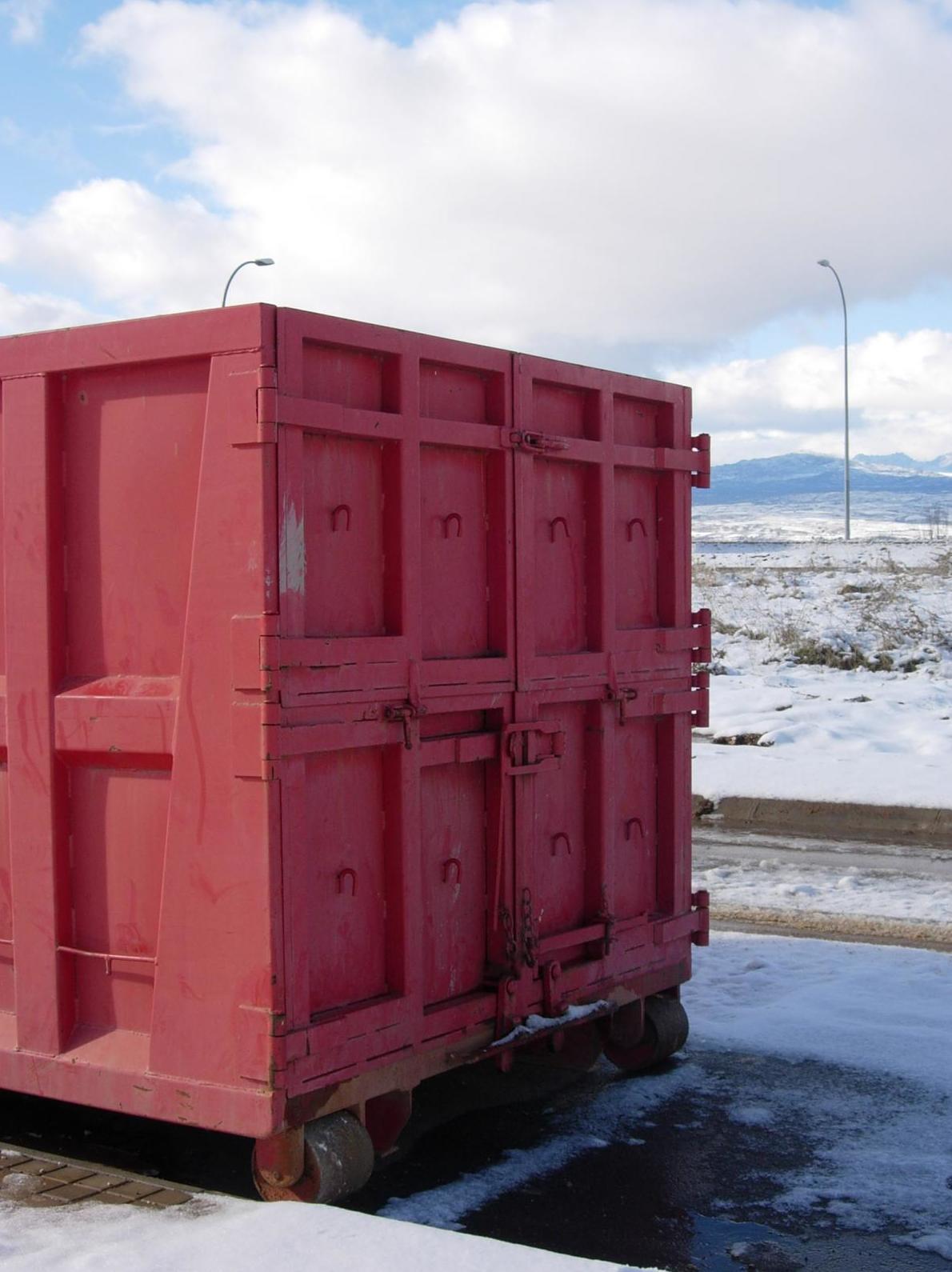 Alquiler de contenedores de 4, 6, 16 y 20 metros cúbicos de capacidad