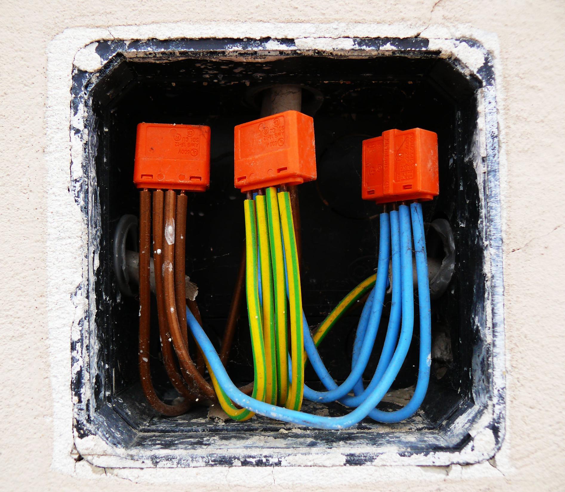 Instalaciones y avería eléctricas