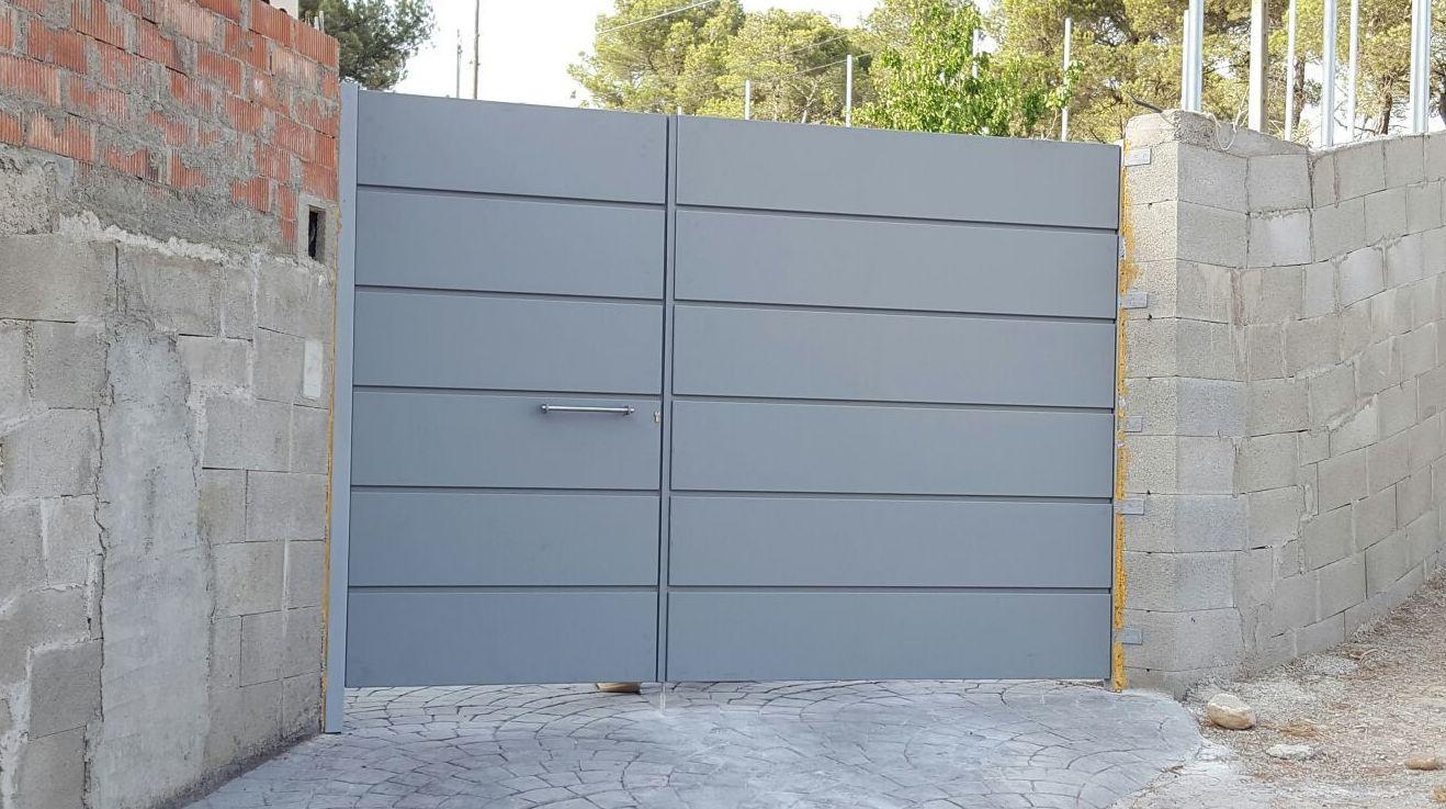 Puertas de garaje Forja Perez