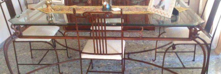 Mesas y sillas de hierro forjado