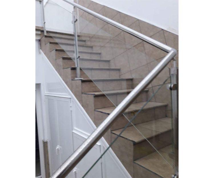 Barandillas de aluminio para viviendas en Ibiza