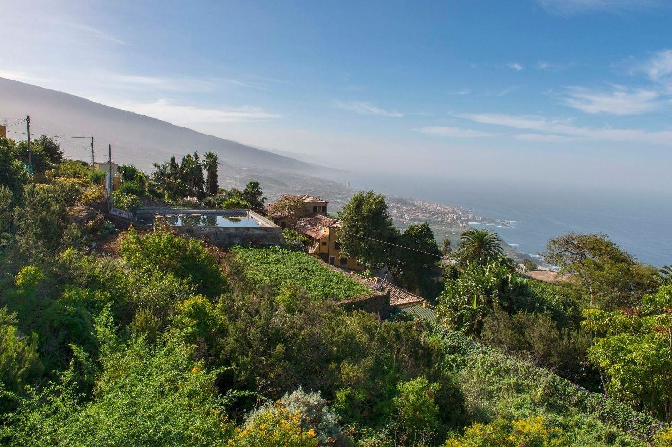 Santa Úrsula - Tenerife Norte: CATALOGOS DE CASAS Y TERRENOS de Fundo y Madelar