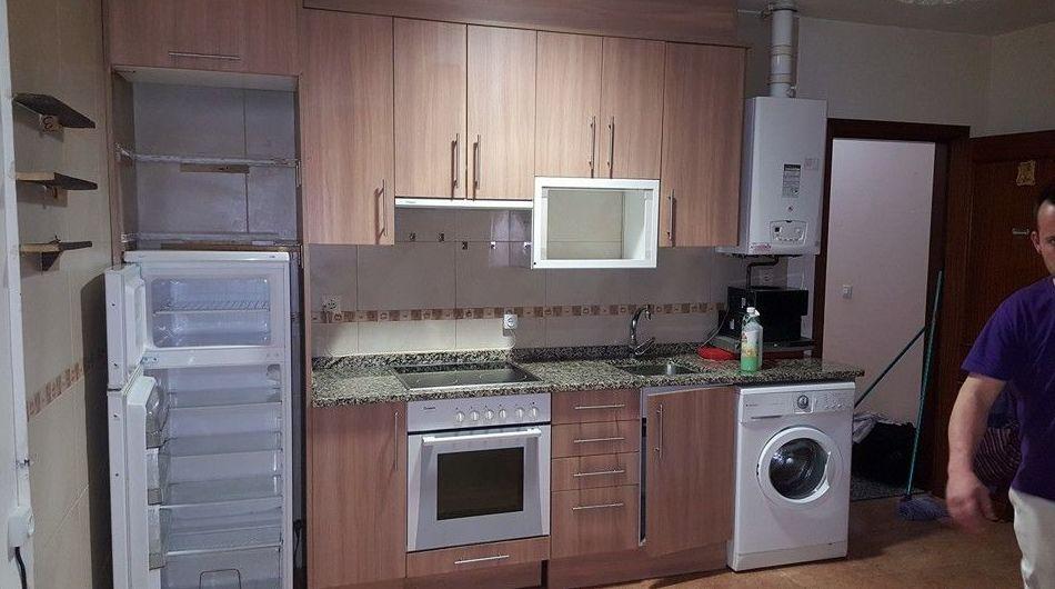 Limpieza de cocina de vivienda