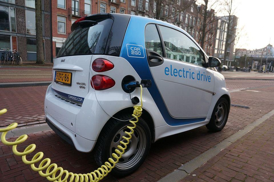 Reparación de coches eléctricos y híbridos: Productos y Servicios de L y J Auto