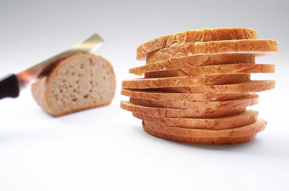 Fabricación y distribución de pan artesanal