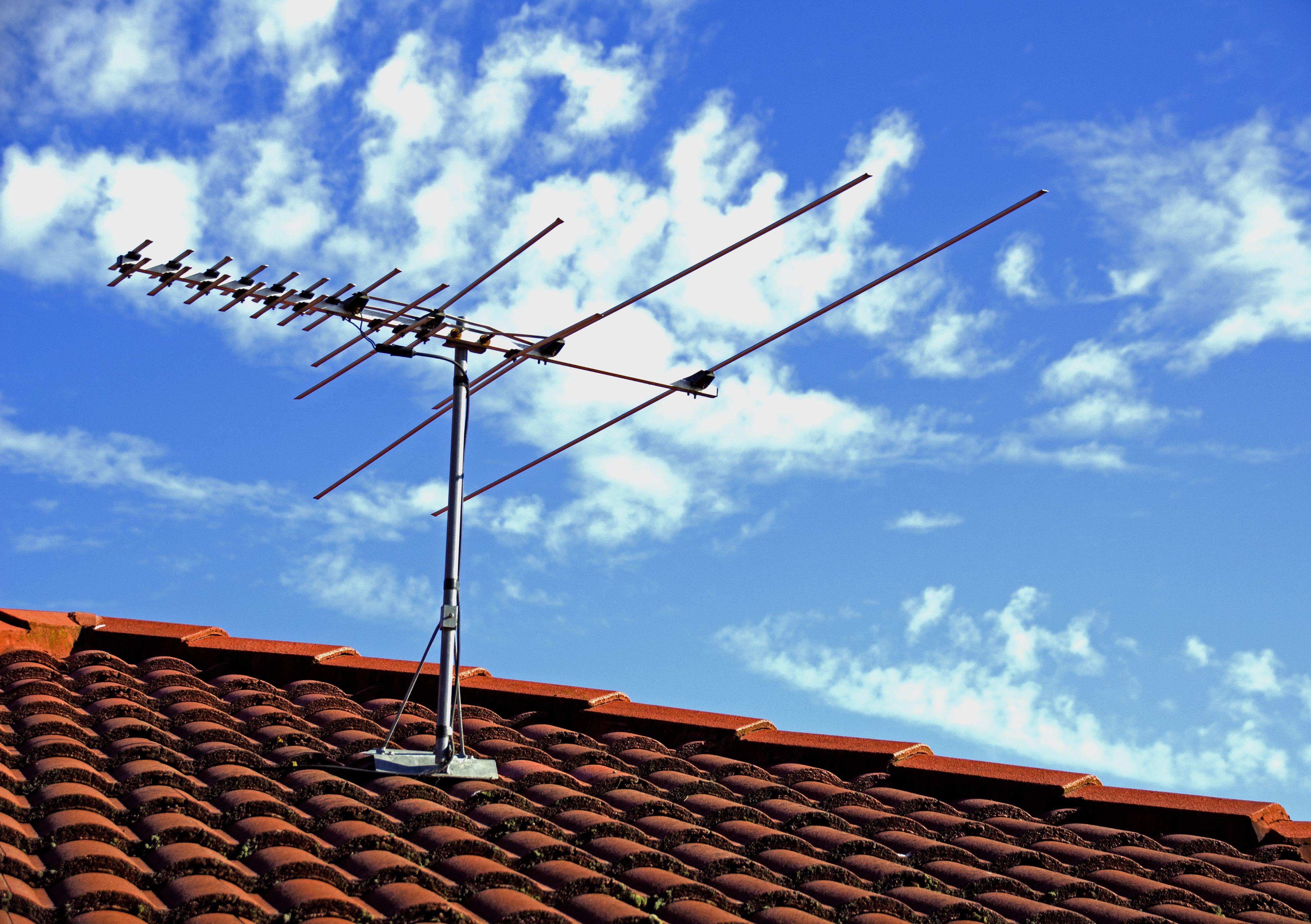 Antenas TV: Servicios de Instalaciones eléctricas Vallejo