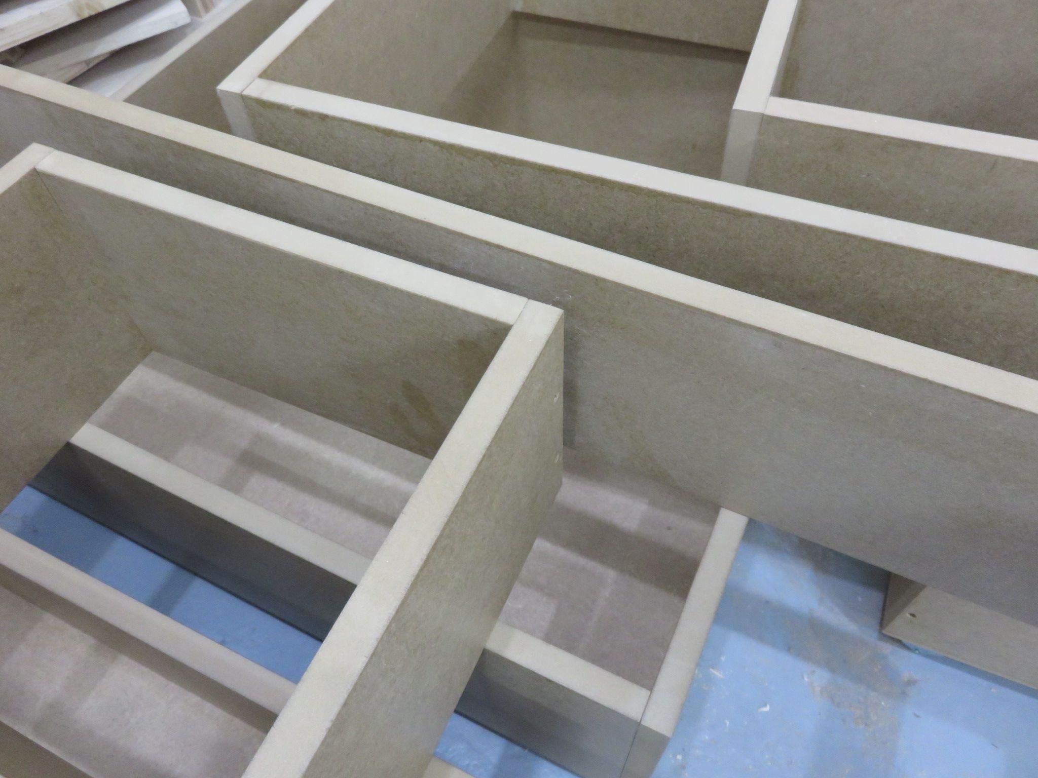 Mobiliario decorativo y funcional de madera a medida