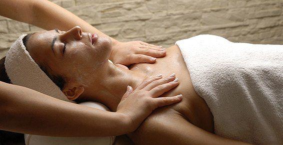 Masaje relajante: Tratamientos  de Quiros Centre D'Estètica