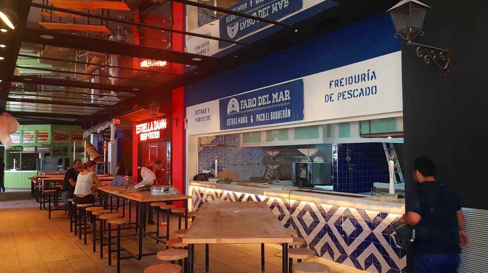 Carpintería y montajes Centro Comercial Magaluf, Palma de Mallorca