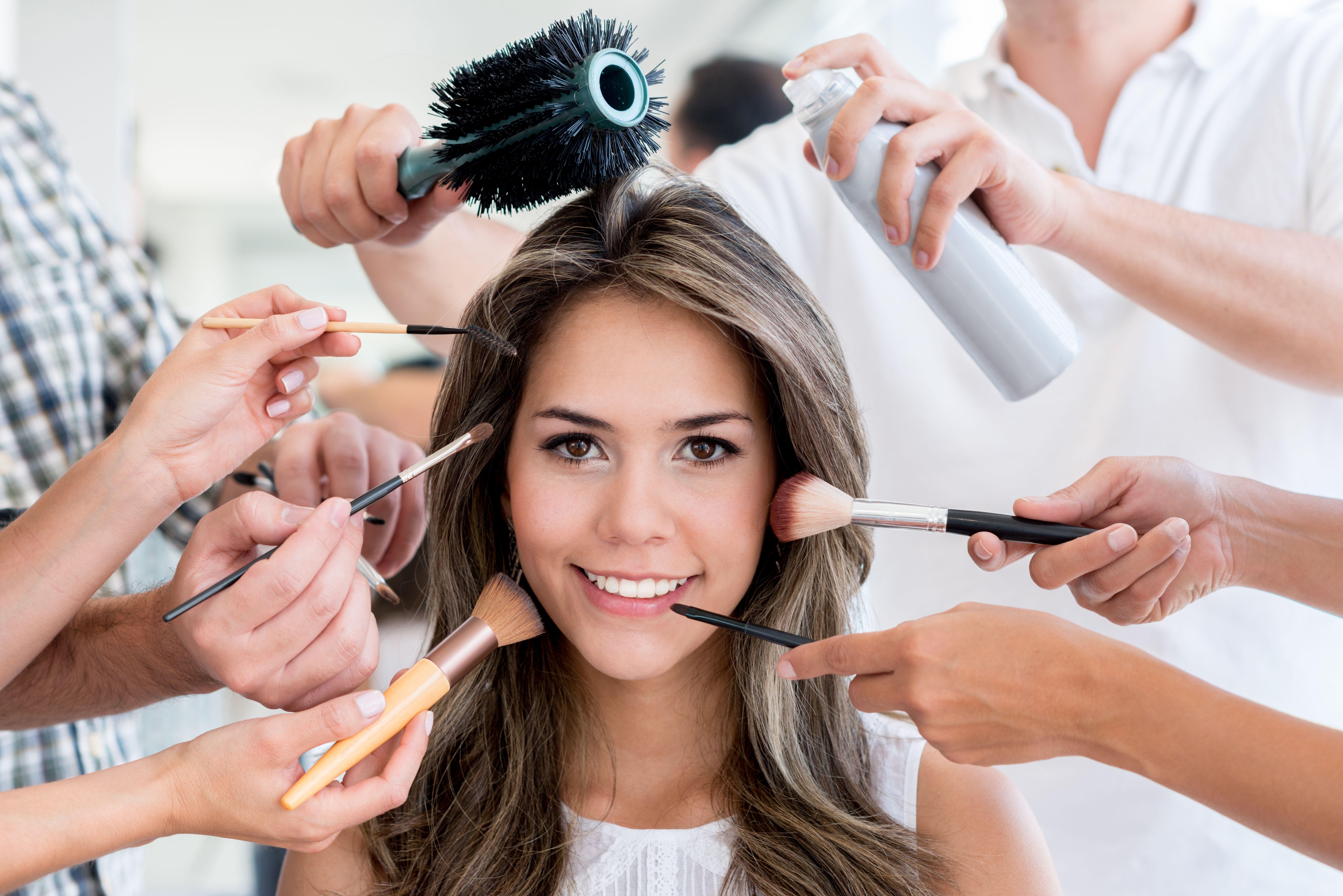 Maquillaje: Servicios de Peluquería Ezquerro