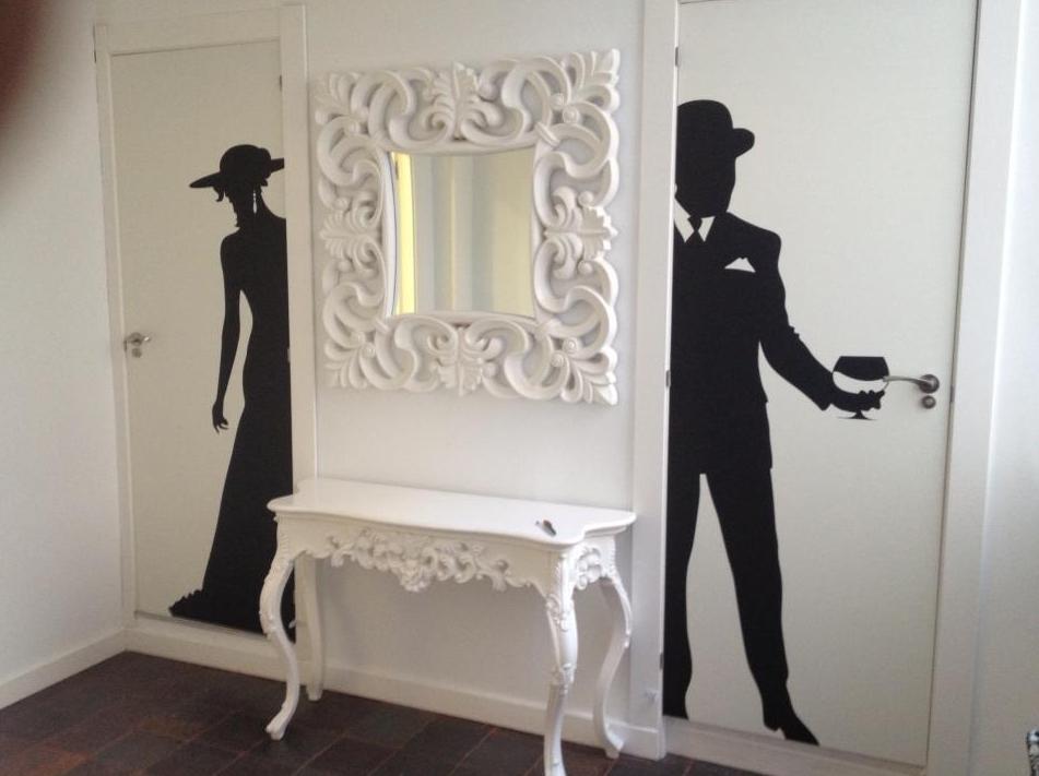Decoraci n de puertas y paredes decoraci n de interiores for Decoracion de puertas de interior