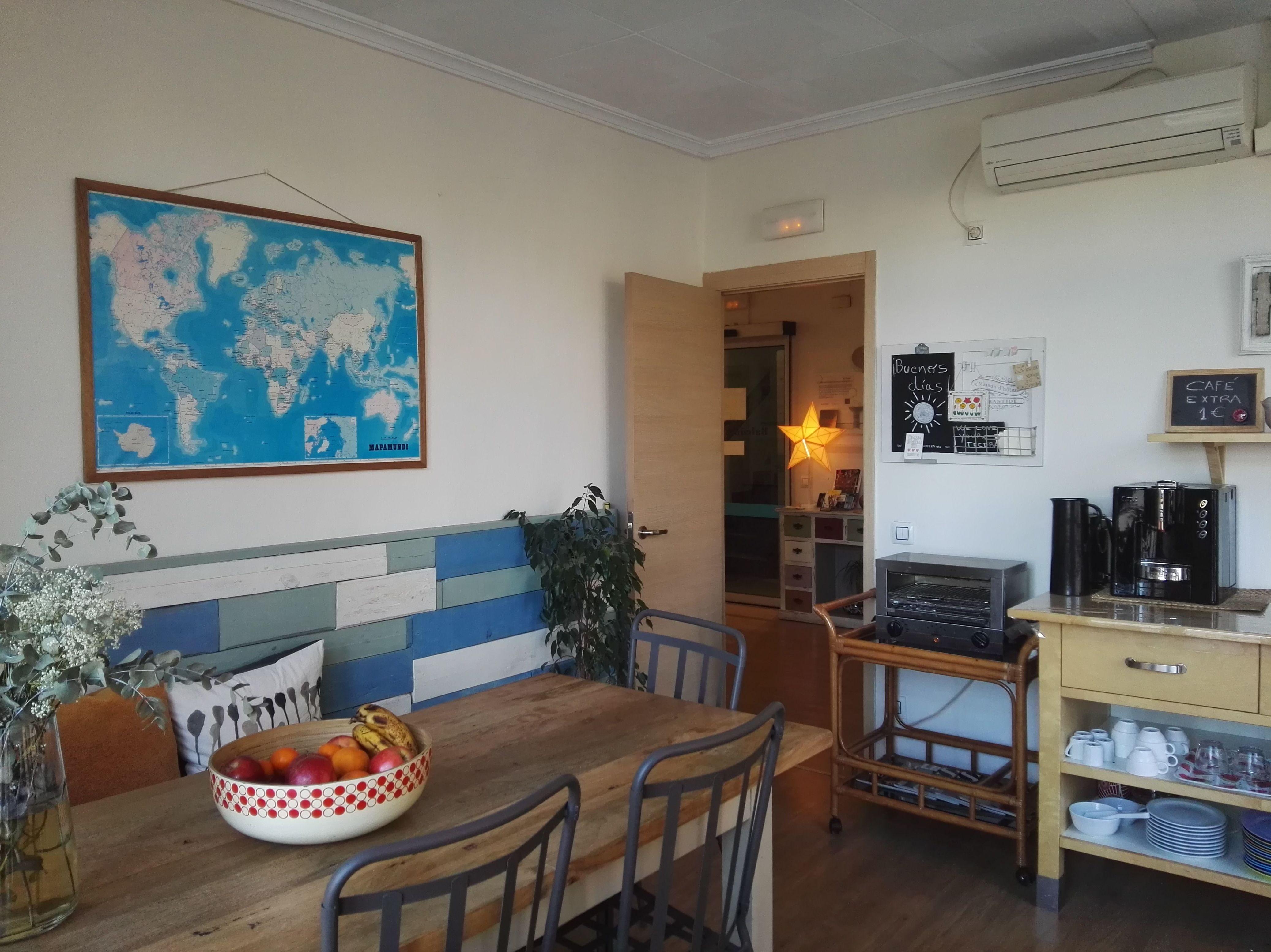 Sala de desayunos y sala de estar