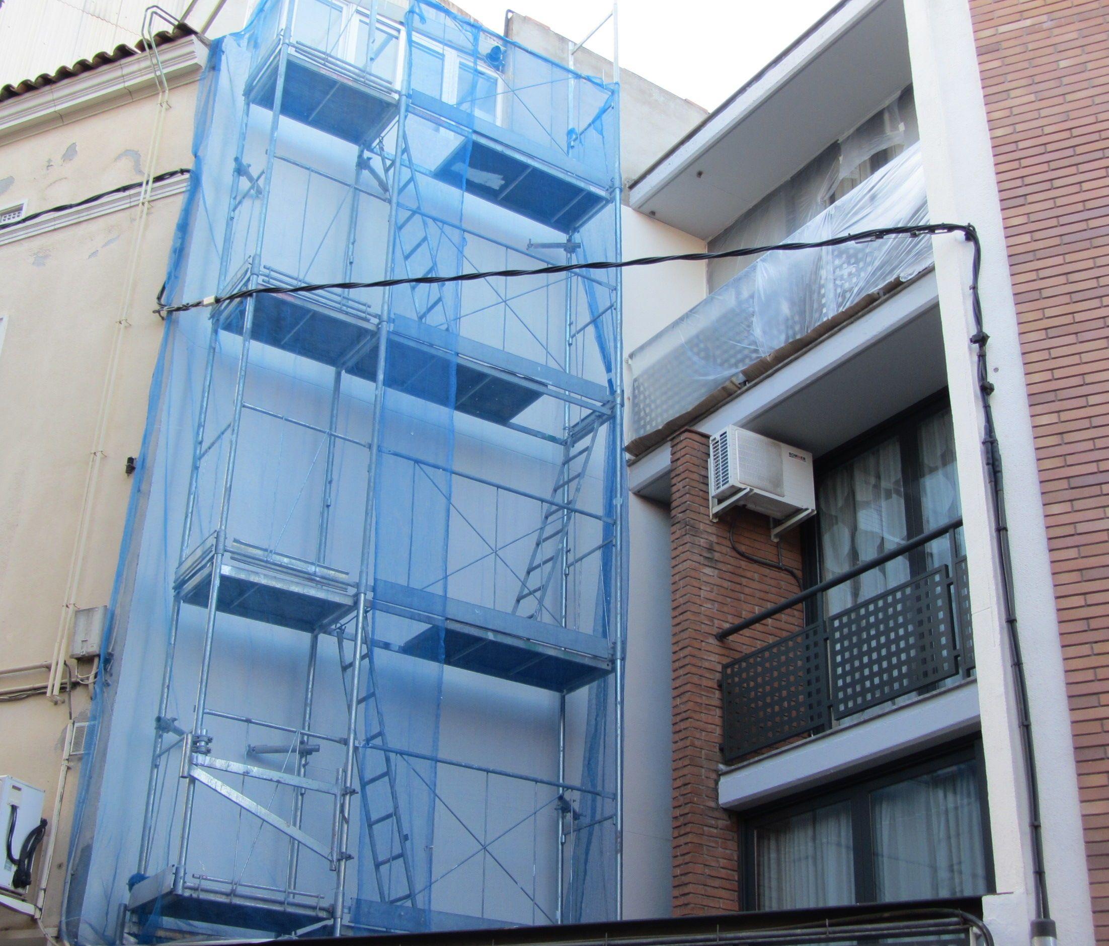 Pintura de fachadas en Terrassa