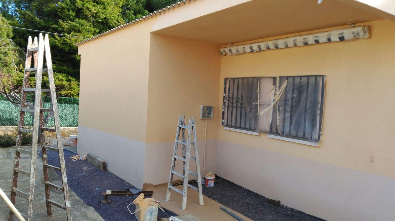 Pintura de fachada en Terrassa