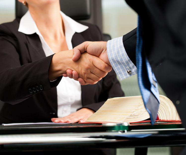 Abogados especialistas en derecho administrativo en Almería