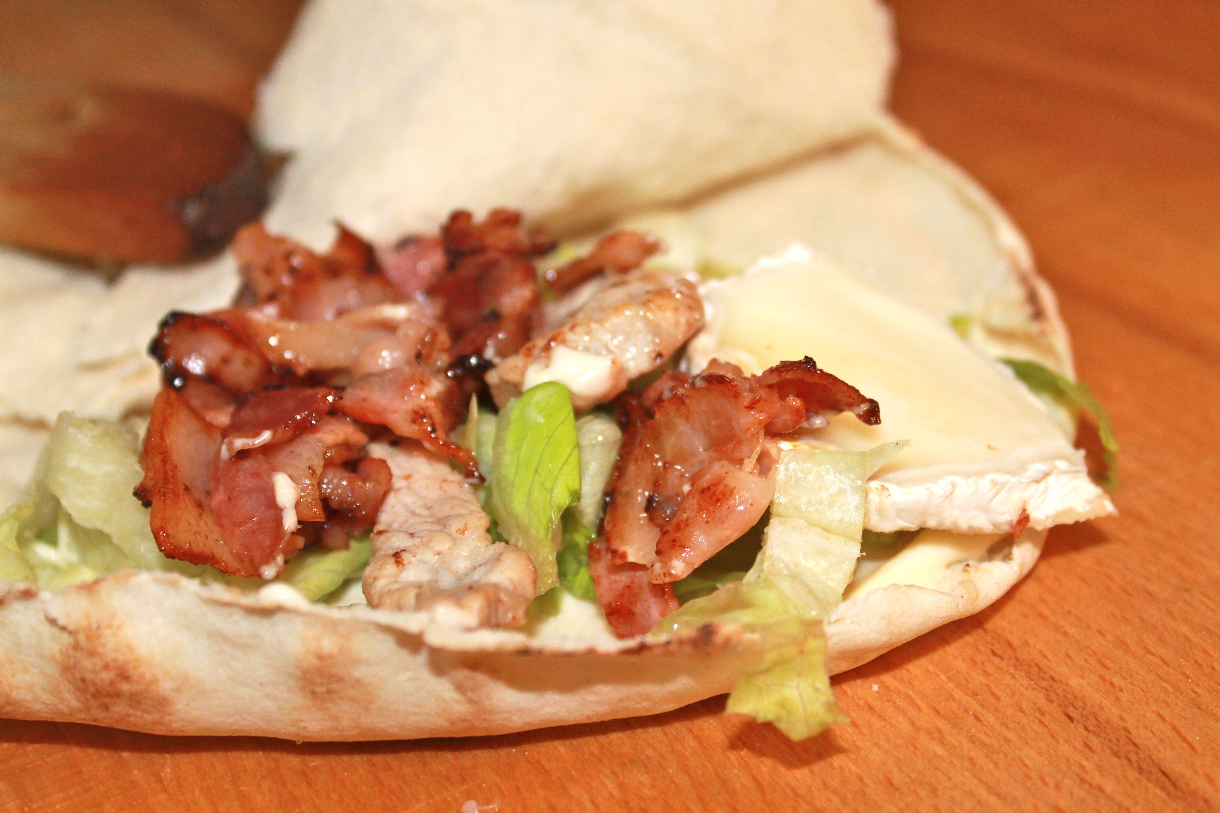 Bocadillos y sándwiches con pan de pita libanés: Servicios de Cedar's Bread