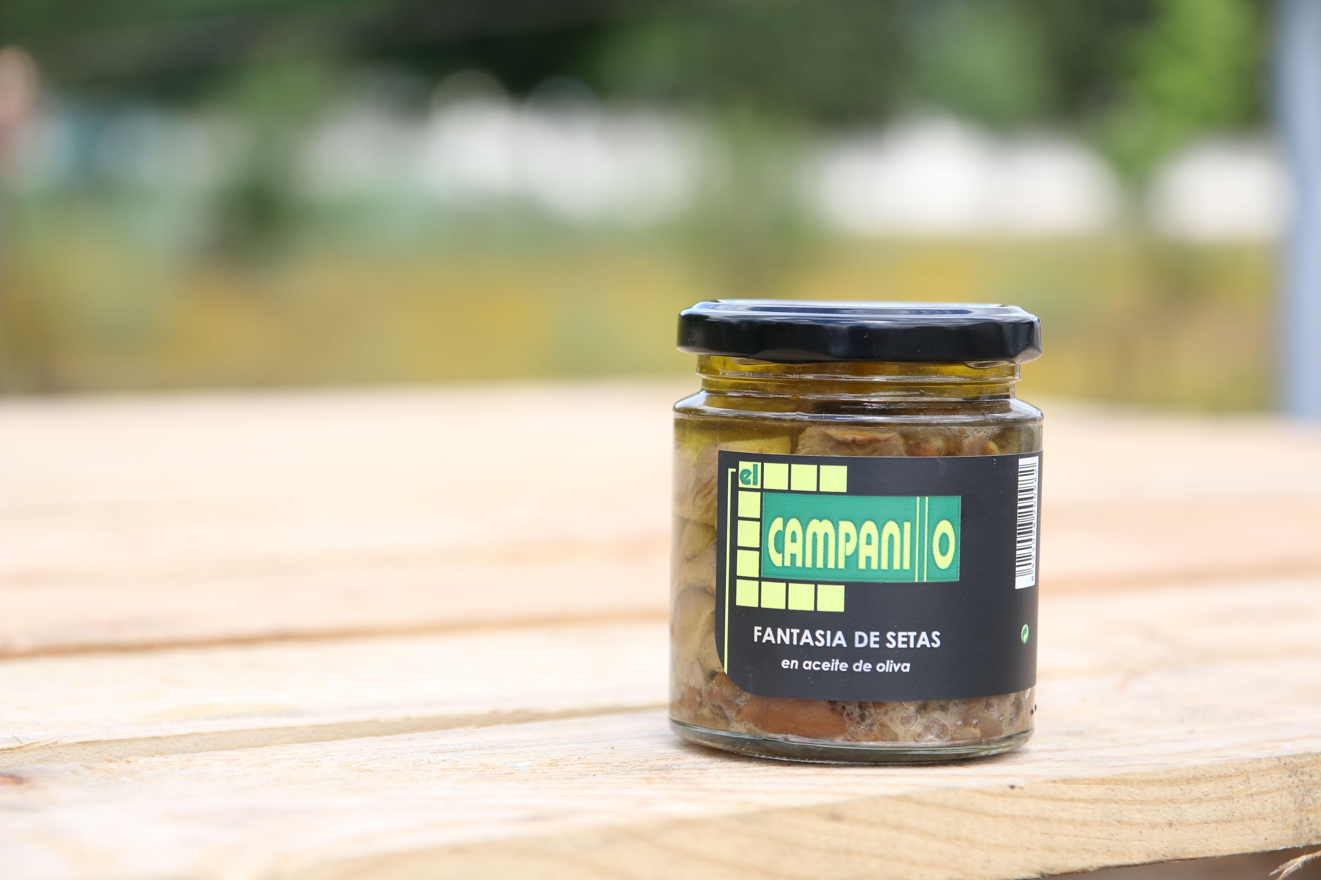 Conservas de fantasía de setas en aceite de oliva en Cáceres