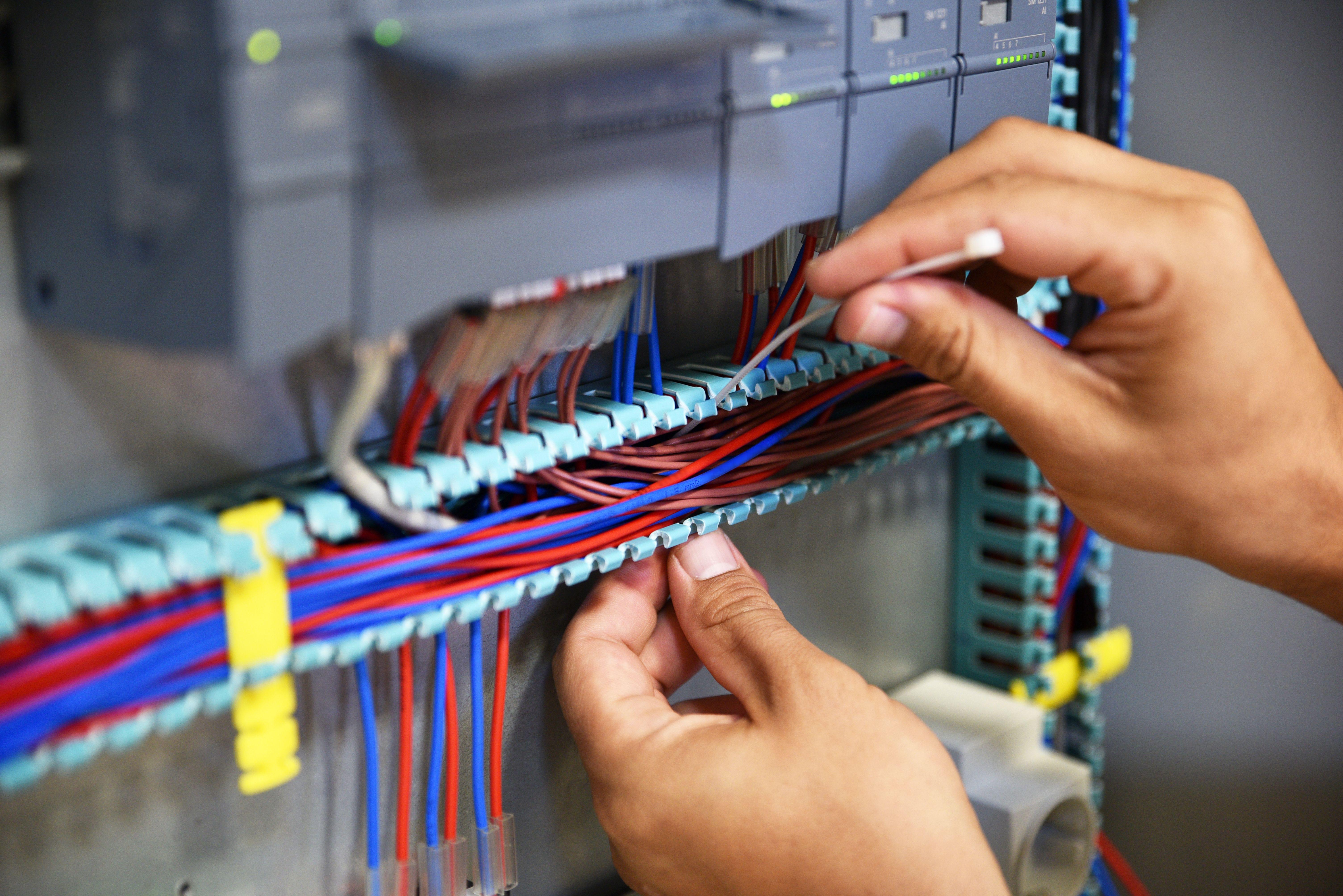 Instalaciones eléctricas: Servicios de Instalaciones Diman