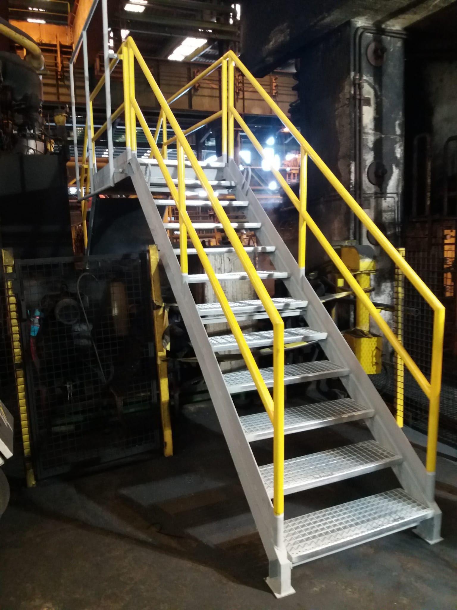 Escalera metálica Baix Llobregat