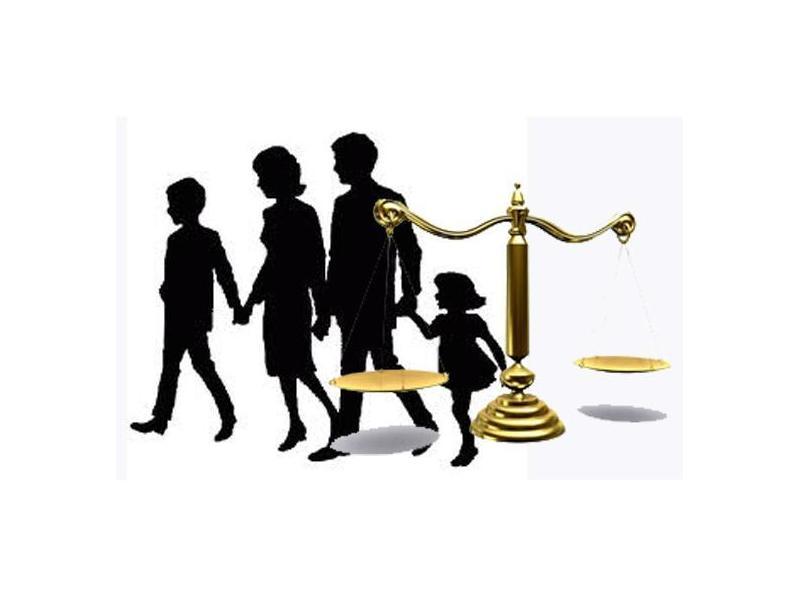 Per a persones físiques i famílies: Serveis de Xavier Peris Advocat