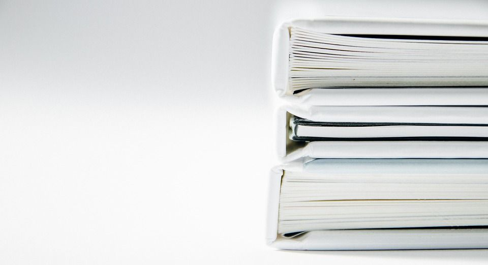 Interpretación, corrección y revisión de textos: Servicios de Punto Más