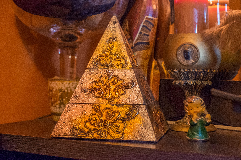 Soy experta en tarot egipcio, uno de los más antiguos que se conocen en el mundo