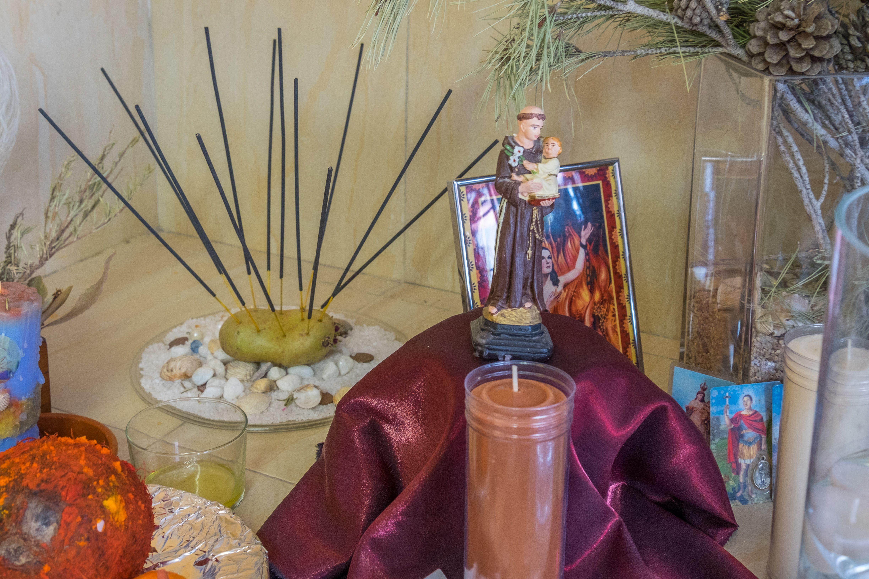 Rituales: trabajo con velas, inciensos, aceites, hierbas...