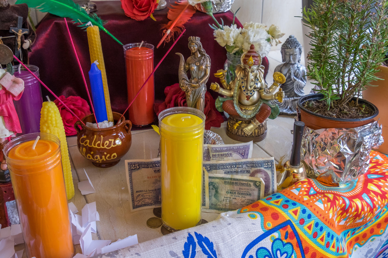 Mayte Tarot te realiza rituales sobre el amor, el trabajo, la fortuna