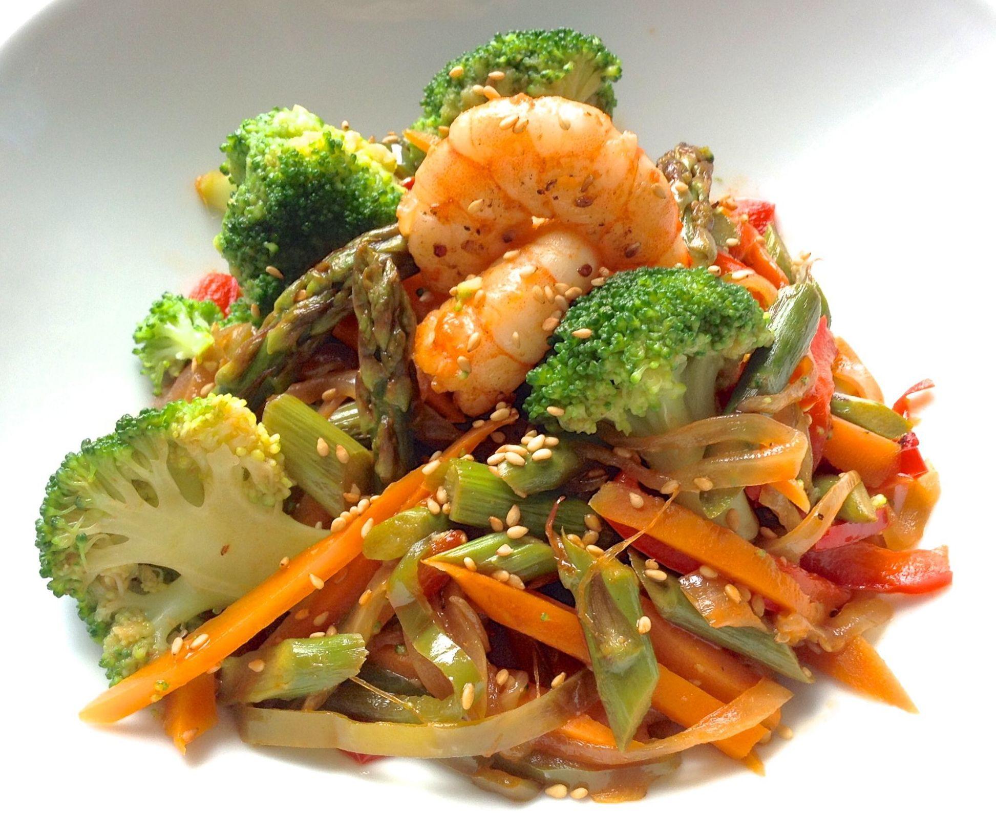 Comer sano, verduras al wok.