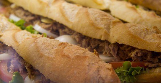 Bocadillos y hamburguesas en Irun
